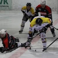 12-01-2014_allgau-derby_eishockey_indians_ecdc-memmingen_erc-sonthofen_niederlage_poeppel_new-facts-eu20140112_0003