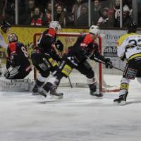 12-01-2014_allgau-derby_eishockey_indians_ecdc-memmingen_erc-sonthofen_niederlage_poeppel_new-facts-eu20140112_0014