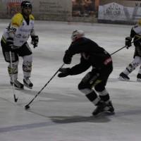 12-01-2014_allgau-derby_eishockey_indians_ecdc-memmingen_erc-sonthofen_niederlage_poeppel_new-facts-eu20140112_0015