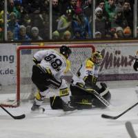 12-01-2014_allgau-derby_eishockey_indians_ecdc-memmingen_erc-sonthofen_niederlage_poeppel_new-facts-eu20140112_0018