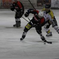 12-01-2014_allgau-derby_eishockey_indians_ecdc-memmingen_erc-sonthofen_niederlage_poeppel_new-facts-eu20140112_0020