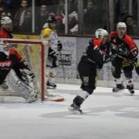 12-01-2014_allgau-derby_eishockey_indians_ecdc-memmingen_erc-sonthofen_niederlage_poeppel_new-facts-eu20140112_0026