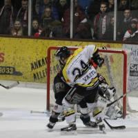 12-01-2014_allgau-derby_eishockey_indians_ecdc-memmingen_erc-sonthofen_niederlage_poeppel_new-facts-eu20140112_0036