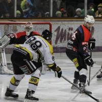 12-01-2014_allgau-derby_eishockey_indians_ecdc-memmingen_erc-sonthofen_niederlage_poeppel_new-facts-eu20140112_0044
