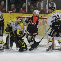 12-01-2014_allgau-derby_eishockey_indians_ecdc-memmingen_erc-sonthofen_niederlage_poeppel_new-facts-eu20140112_0055