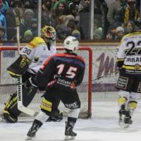12-01-2014_allgau-derby_eishockey_indians_ecdc-memmingen_erc-sonthofen_niederlage_poeppel_new-facts-eu20140112_0076
