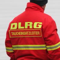 12-10-2013_dlrg-memmingen_bezirk-schwaben_ausbildung-rettungstaucher_poeppel_groll_new-facts-eu20131012_0045