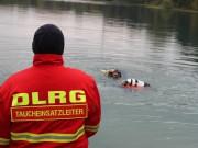 12-10-2013_dlrg-memmingen_bezirk-schwaben_ausbildung-rettungstaucher_poeppel_groll_new-facts-eu20131012_0058
