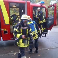 12-10-2013_neu-ulm_memminger-strasse_zimmerbrand_mehrfamilienhaus_zwiebler_new-facts-eu20131012_0004