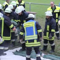 13-09-2013_unterallgau_ettringen_katastrophenschutzteilubung_dammsicherung_kreisbrandinspektion_landratsamt_poeppel_new-facts-eu20130913_0035