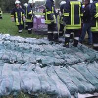 13-09-2013_unterallgau_ettringen_katastrophenschutzteilubung_dammsicherung_kreisbrandinspektion_landratsamt_poeppel_new-facts-eu20130913_0049