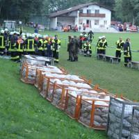 13-09-2013_unterallgau_ettringen_katastrophenschutzteilubung_dammsicherung_kreisbrandinspektion_landratsamt_poeppel_new-facts-eu20130913_0056