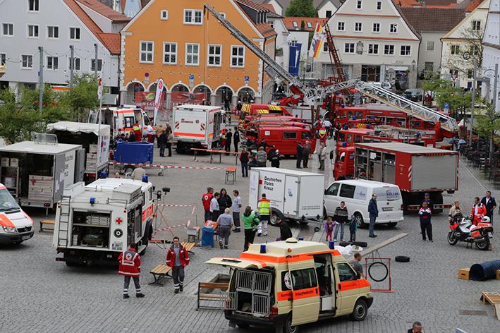 10-05-2014 ottobeuren helfertag ehrenamt ausstellung poeppel new-facts-eu titel