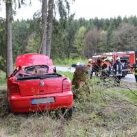 15-04-2014-unterallgaeu-breitenbrunn-korb-unfall-ueberschlag-feuerwehr-groll-new-facts-eu_0009