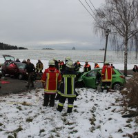 16-01-2014_unterallgau_zell_kronburg_unfall_verletzte_feuerwehr_groll_new-facts-eu20140116_0003