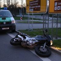 16-04-2014-unterallgaeu_groenenbach-tal-motorrad-unfall-pkw-feuerwehr-first-responder-poeppel_new-facts-eu_0004