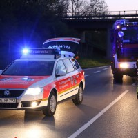 16-04-2014-unterallgaeu_groenenbach-tal-motorrad-unfall-pkw-feuerwehr-first-responder-poeppel_new-facts-eu_0011