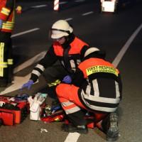 16-04-2014-unterallgaeu_groenenbach-tal-motorrad-unfall-pkw-feuerwehr-first-responder-poeppel_new-facts-eu_0016