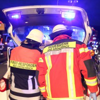 16-04-2014-unterallgaeu_groenenbach-tal-motorrad-unfall-pkw-feuerwehr-first-responder-poeppel_new-facts-eu_0024