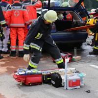16-05-2014_ostallgaeu_friesenried_oberguenzburg_unfall_frontal_feuerwehr_schwerverletzte_bringezu_new-facts-eu20140516_0006