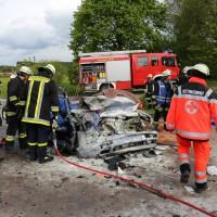 16-05-2014_ostallgaeu_friesenried_oberguenzburg_unfall_frontal_feuerwehr_schwerverletzte_bringezu_new-facts-eu20140516_0017