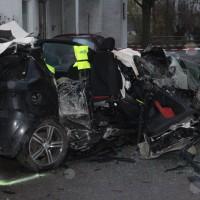 Dietenheim - Vier Tote - Pkw prallt gegen Hausmauer mitten in der Stadt