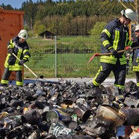 17-04-2014-guenzburg-krumbach-brand-wertstoffhof-feuerwehr-foto-weiss-new-facts-eu_0004
