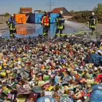 17-04-2014-guenzburg-krumbach-brand-wertstoffhof-feuerwehr-foto-weiss-new-facts-eu_0006