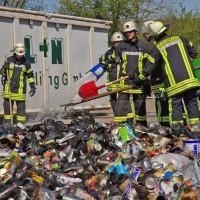 17-04-2014-guenzburg-krumbach-brand-wertstoffhof-feuerwehr-foto-weiss-new-facts-eu_0007