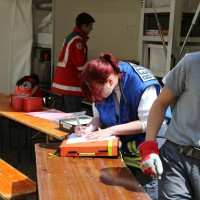 17-05-2014_lindau_weiler_evakuierungsuebung_bombenfund_betreuungsdienst_brk_schwaben-kontingent_groll_new-facts-eu20140517_0091