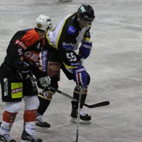17-09-2013_ecdc-memmingen_indians_ev-fussen_vorbereitungsspiel_eishockey_poeppel_new-facts-eu20130917_0021
