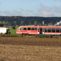 17-10-2013_unterallgau_nassenbeuren_bahnunfall_lkw_regionalbahn_feuerwehr_poeppel_new-facts-eu20131017_0001