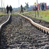 17-10-2013_unterallgau_nassenbeuren_bahnunfall_lkw_regionalbahn_feuerwehr_poeppel_new-facts-eu20131017_0035