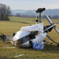 Durach - Flugunfall am Flugplatz - Ultraleichthubschrauber stürzt bei Landung ab