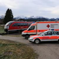 18-01-2014_oberallgau_seeg-zeil_bahnunfall_pkw_regionalbahn_bringezu_new-facts-eu20140118_0002