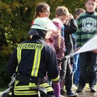 18-10-2013_biberach_hürbel_grundschule_brandschutz_feuerwehr-gutenzell_poeppel_new-facts-eu20131018_0065