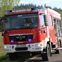 19-05-2014_biberach-achsenhausen-oberstetten_toedlicher-unfall_pkw-baum_poeppel_new-facts-eu_0007