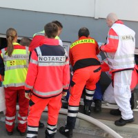 19-10-2013_ulm_donautal_ratiopharm_katastrohenschutzubung_poeppel_groll_new-facts-eu20131019_0104