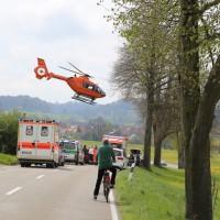 21-04-2014-unterallgaeu_markt-rettenbach_unfall-motorrad-pkw-frettungshubschrauber-poeppel_new-facts-eu_0002
