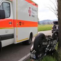 21-04-2014-unterallgaeu_markt-rettenbach_unfall-motorrad-pkw-frettungshubschrauber-poeppel_new-facts-eu_0017