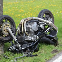 21-04-2014-unterallgaeu_markt-rettenbach_unfall-motorrad-pkw-frettungshubschrauber-poeppel_new-facts-eu_0024