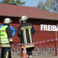 21-05-2014_oberallgaeu_altusried_freibad_chlorgasaustritt_feuerwehr_poeppel_new-facts-eu_057