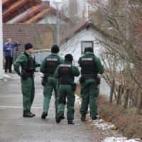 21-12-2013_allgau_kempten_mord_polizeiaktion_absuche_spurensicherung_poeppel_new-facts-eu20131222_0064