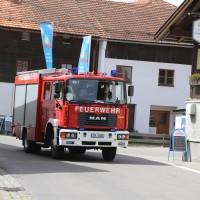 22-05-2014_oberallgäu_burgberg_unfall_bmw_bach_oelsperre_feuerwehr_groll_new-facts-eu_0012