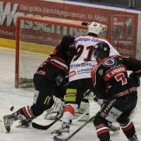22-11-2013_eishockey_memmingen_indians_ecdc_buchloe-pirates_poeppel_new-facts-eu20131122_0028