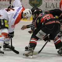 22-11-2013_eishockey_memmingen_indians_ecdc_buchloe-pirates_poeppel_new-facts-eu20131122_0038
