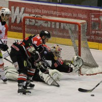 22-11-2013_eishockey_memmingen_indians_ecdc_buchloe-pirates_poeppel_new-facts-eu20131122_0048