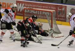 22-11-2013_eishockey_memmingen_indians_ecdc_buchloe-pirates_poeppel_new-facts-eu20131122_0048