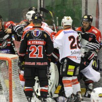 22-11-2013_eishockey_memmingen_indians_ecdc_buchloe-pirates_poeppel_new-facts-eu20131122_0057
