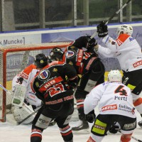 22-11-2013_eishockey_memmingen_indians_ecdc_buchloe-pirates_poeppel_new-facts-eu20131122_0070